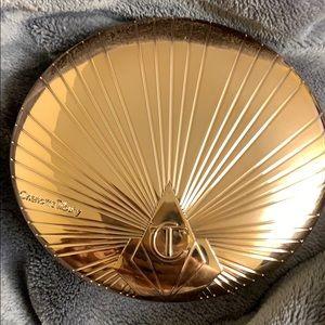 Charlotte tilbury airbrush face bronzer